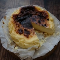 Amazing Basque burnt cheesecake recipe!  Glutenfree, adapted from la Viña's best cheesecake in the world! :)