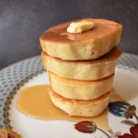Wonky fluffy Japanese pancakes recipe!  Optionally gluten free and a class project for kids or adults... :)