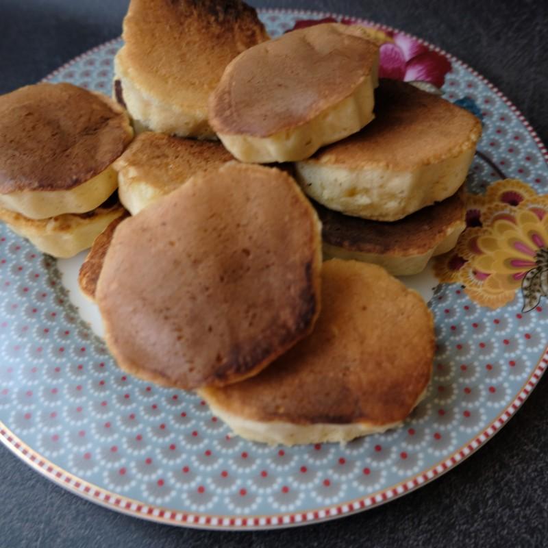 Wonky fluffy Japanese pancakes