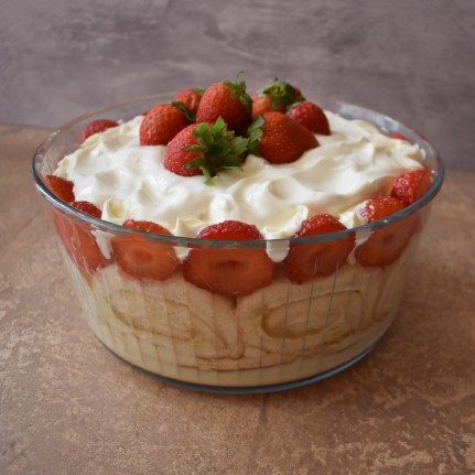 Lime-oncello strawberry trifle