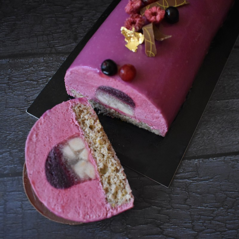 Purple Wonderland blackcurrant, raspberry and apple bûche