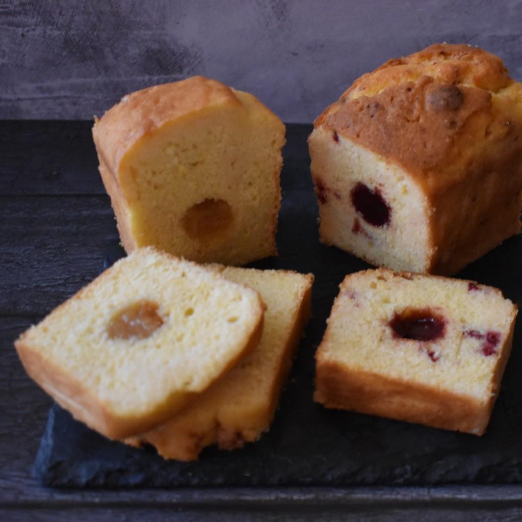 Holey Moley lemon surprise cake with lemon marmalade or raspberry jam insert